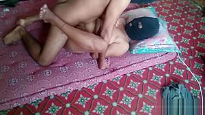 Desi bhabhi saree nude couple homemade hardcore...