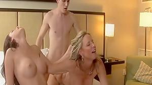 Johnson and jodi west in amazing threesome blowjob...