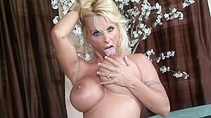 Swallows a huge jizz load...