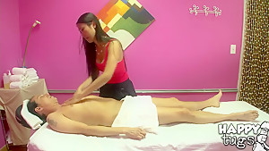Scott visits massage sorcerer...