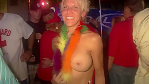 Crazy pornstar in amazing blonde college adult clip...