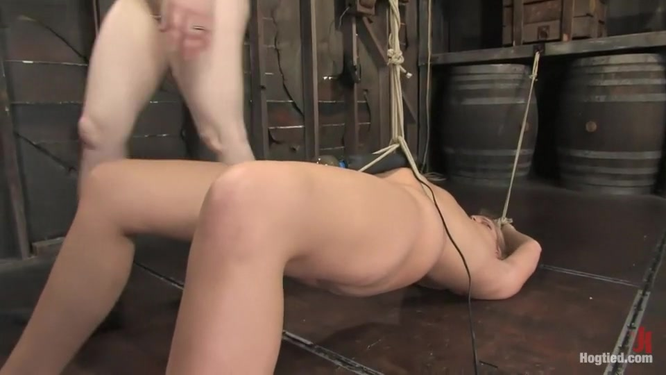 Amazonion describes Hollie Stevens to a tee. Tall, tan, blond, powerful, and helplessly bound.