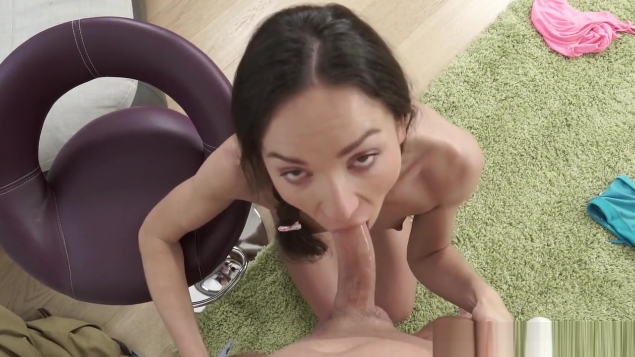 Sultry Slight Cutie Nataly Gold Gets Anal