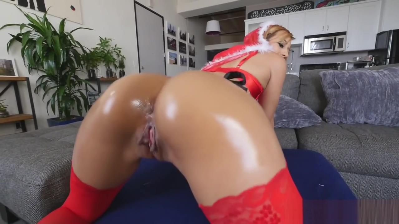 Soaky Sweety Demi Lopez Likes Massive Dicks