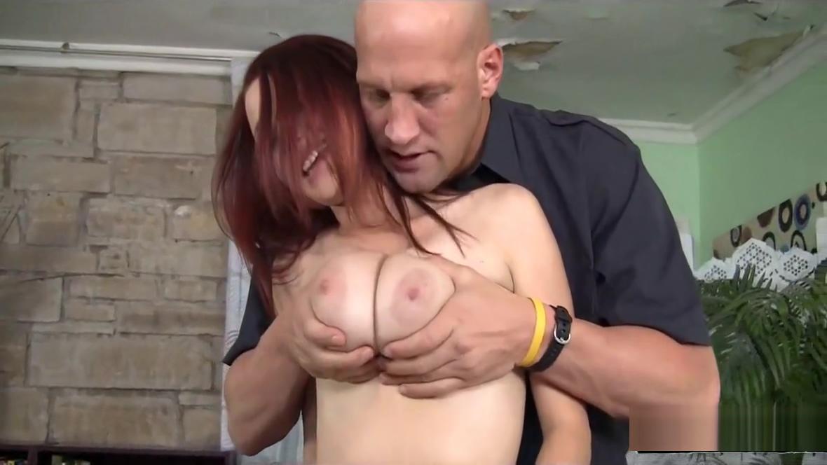 Jessica Robbin Enjoys The Big Dick Delivery Boy Christian