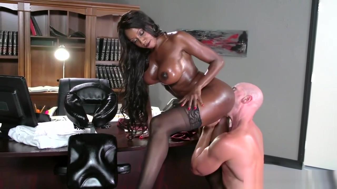 Busty ebony boss Diamond Jackson requires massage and dirty sex
