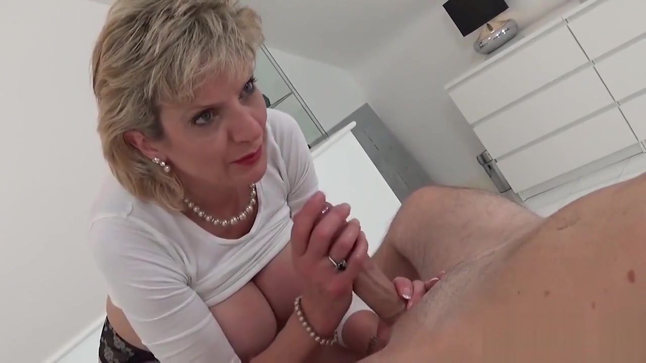 Cheating European Mom Girl Sonia Reveals Her Giant Hooters
