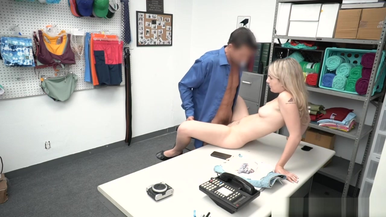 Hot Teen Abby Adams Gets Penetrated By Lp Officer