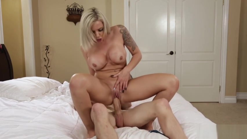 Mom Gets Comfort Fucked By Her Soninlaw