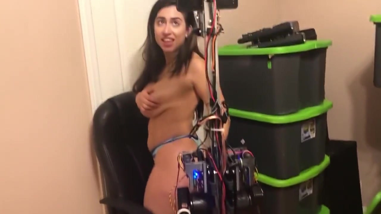 Girl Get Fucked By Robot In Ice Poseidon House