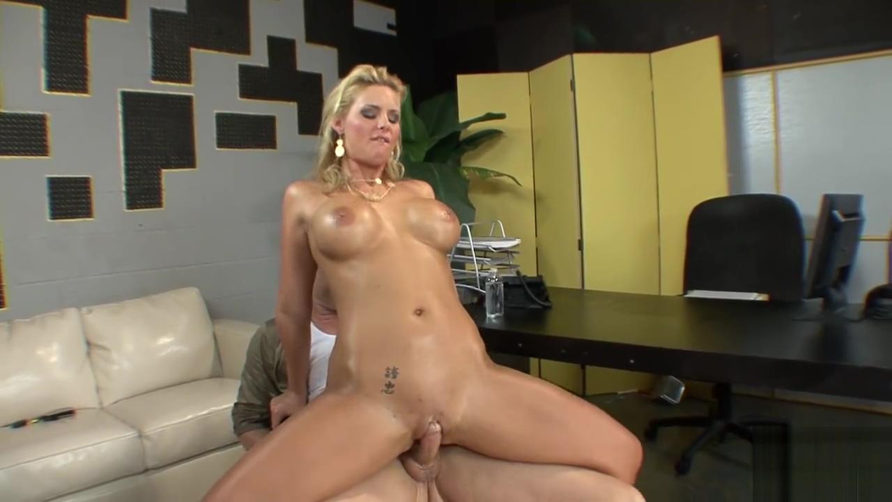 Phoenix Marie Tapthatonion Butt Full Video