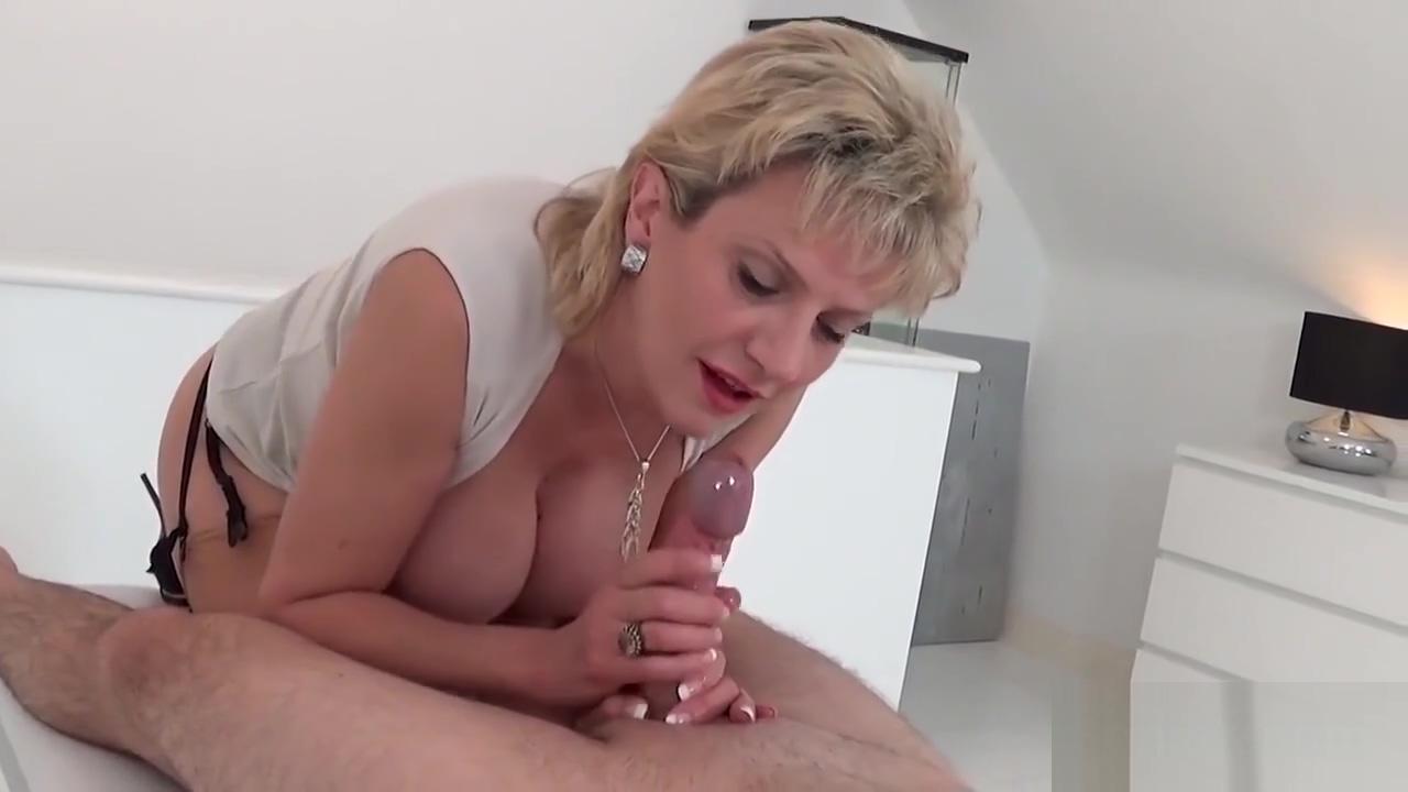 Unfaithful Uk Mature Slutty Sonia Shows Her Giant Jugs