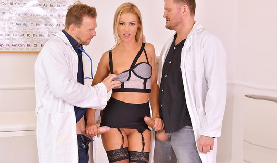 The Two Doctors Bent Blonde In Stockings And Fucked Her In 2 Trunk