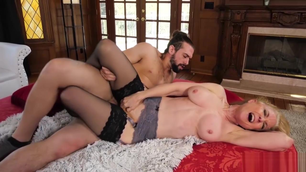 Nina Hartley Grannie Love to Fuck Scene 4