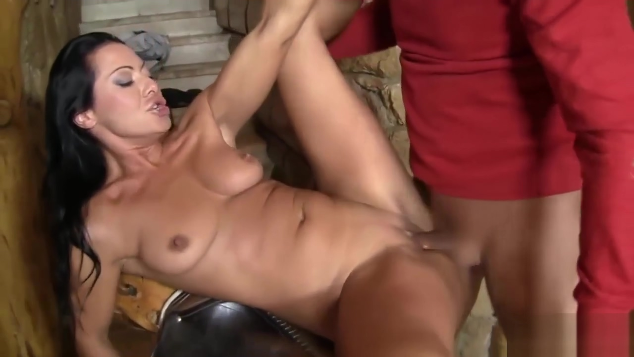 Sandra Romain Wants A Hard Cock In Her Butt 1080p