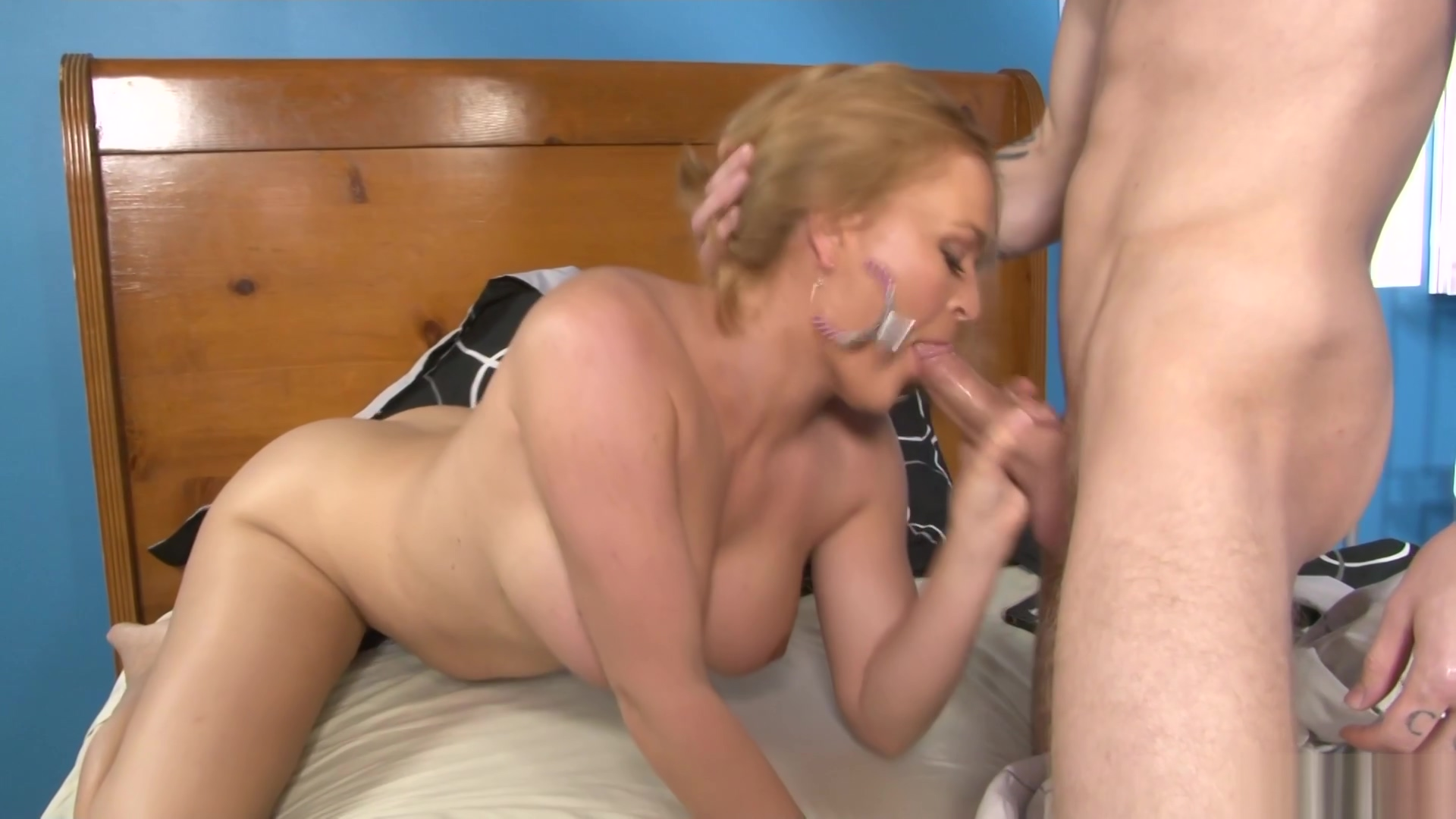 I Banged My Spouses Hot Mother Scene 1