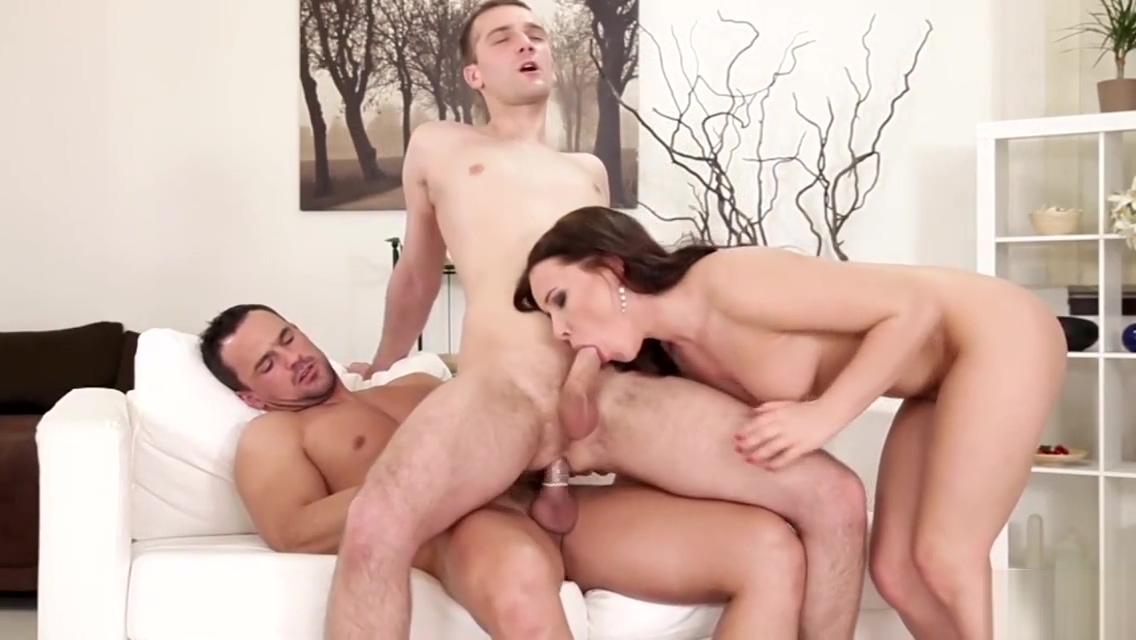 Anal Three Way With Bisex People