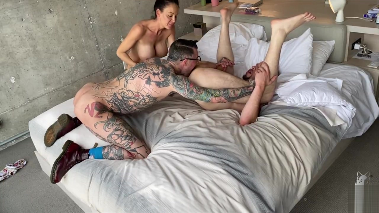 Mckenzie Lee's First Bisexual Mmf Threesome With H3ll4sl00tz