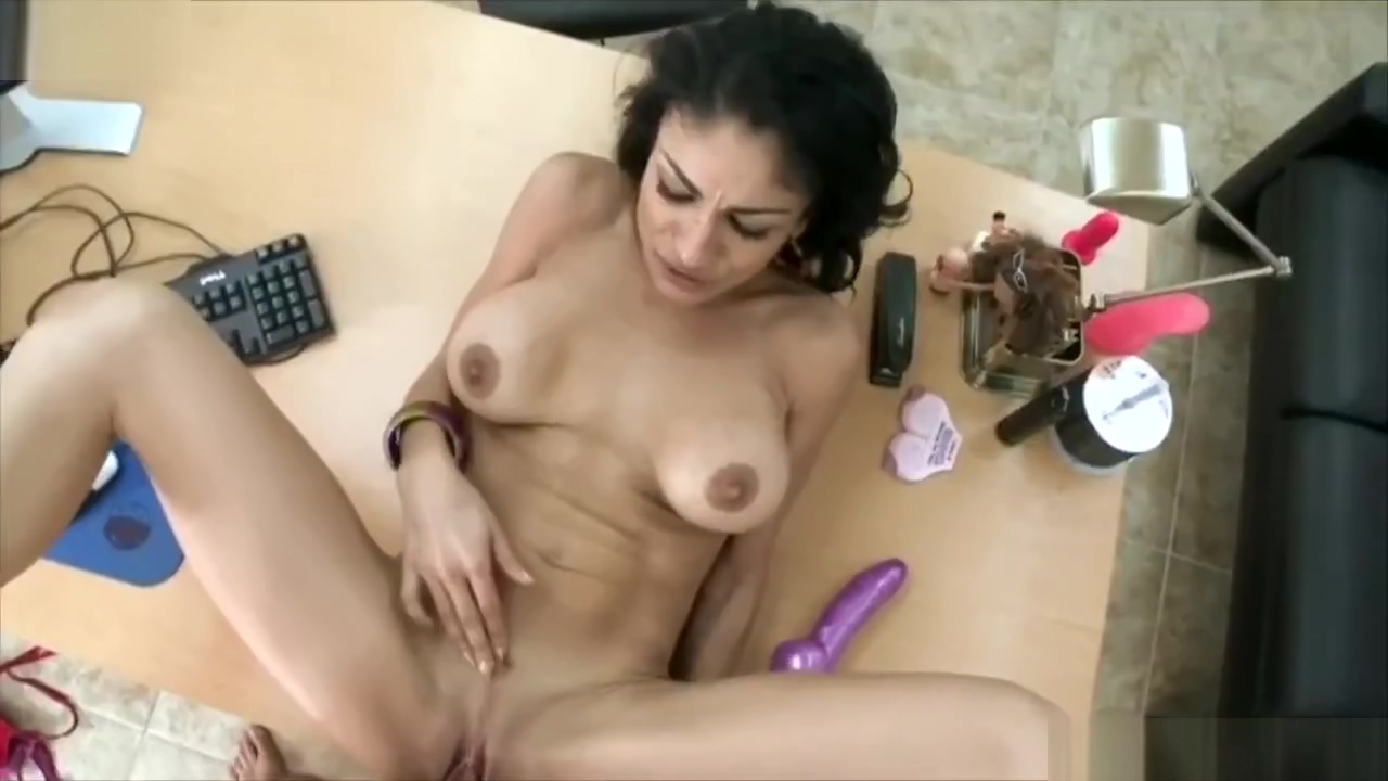 Exotic Nympho Persia Pele Cumshot On Pussy