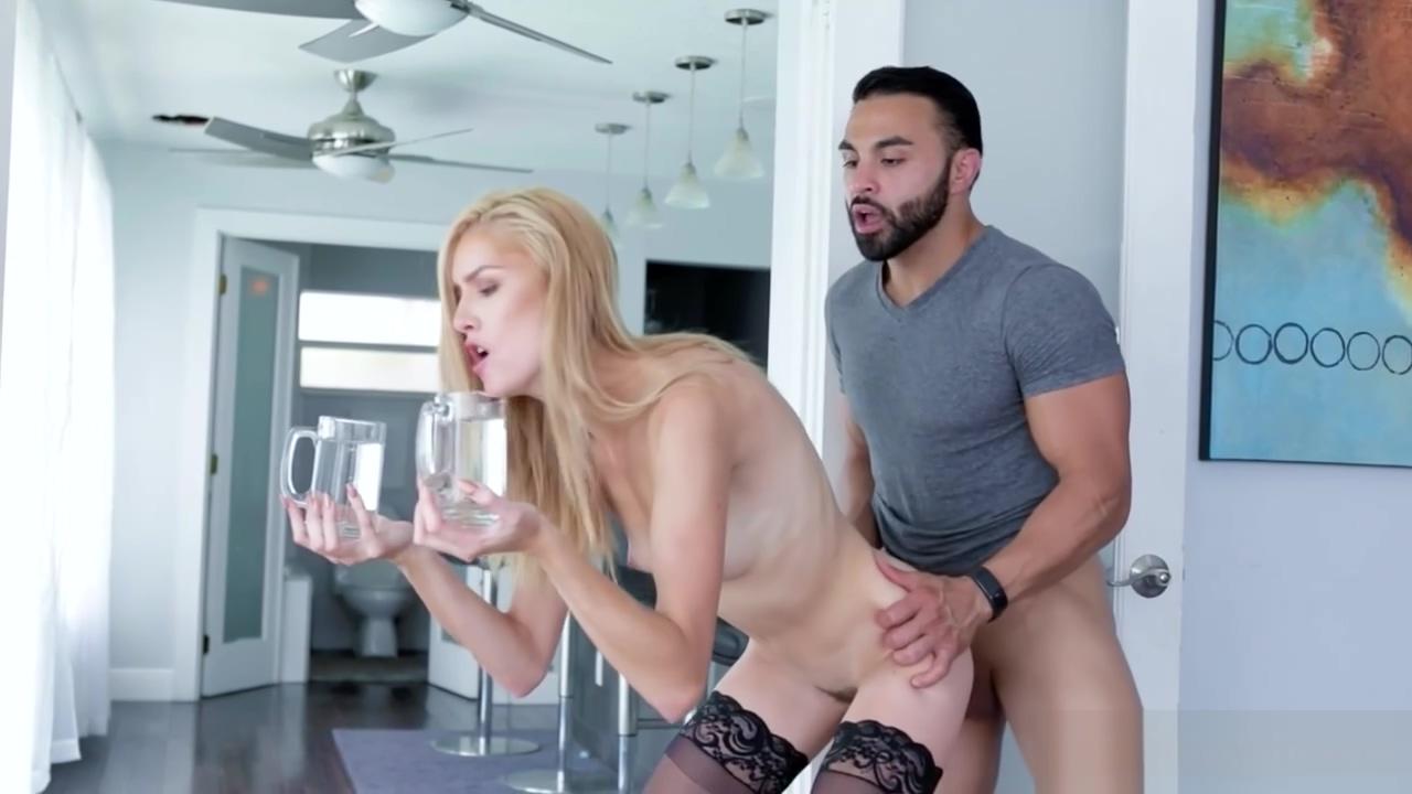 Hot Teen In Erotic Stockings Gets Ravished