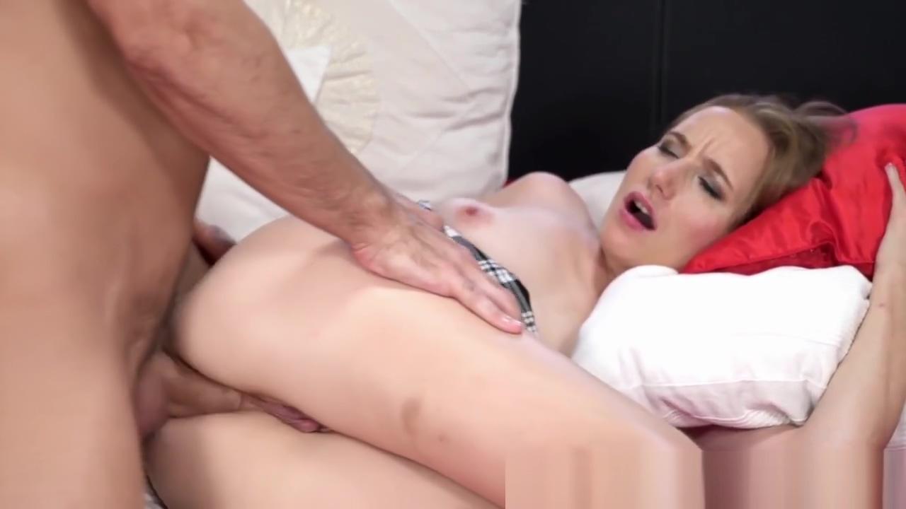 Big Tittied Blonde Amateur Sucks Huge Penis