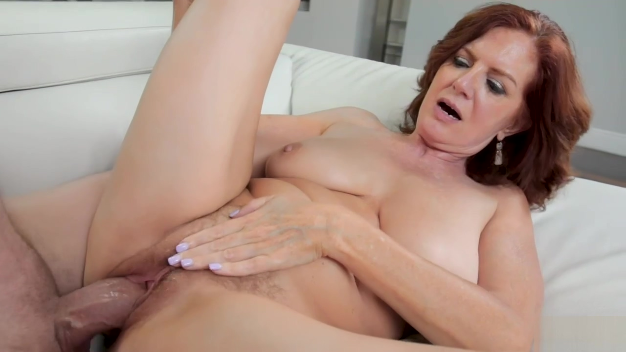 Kyle Mason Wants To Show Busty Cougar Andi Some Of His Moves