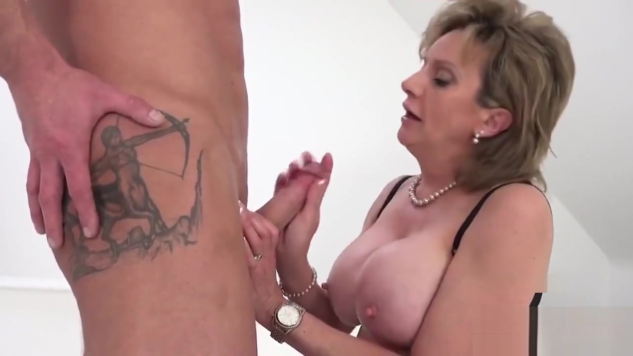Unfaithful European Mature Gill Ellis Showcases Her Big Hooters