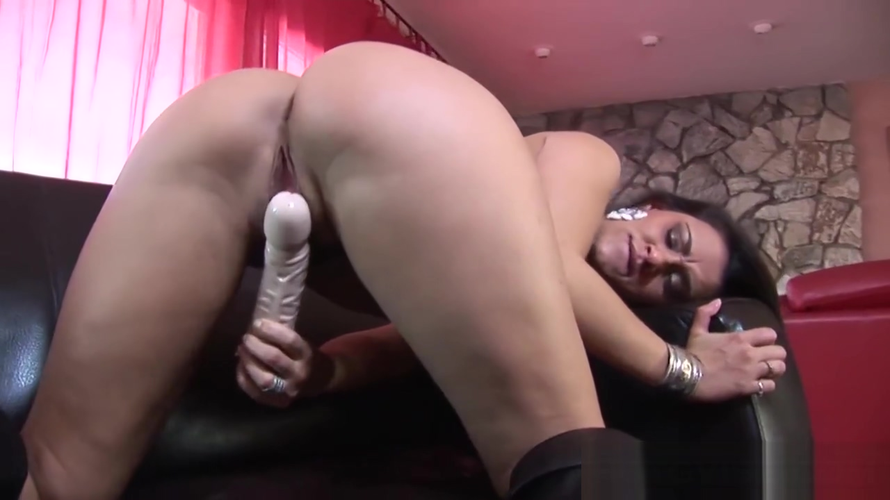 Thick Latina Young Working A Penis