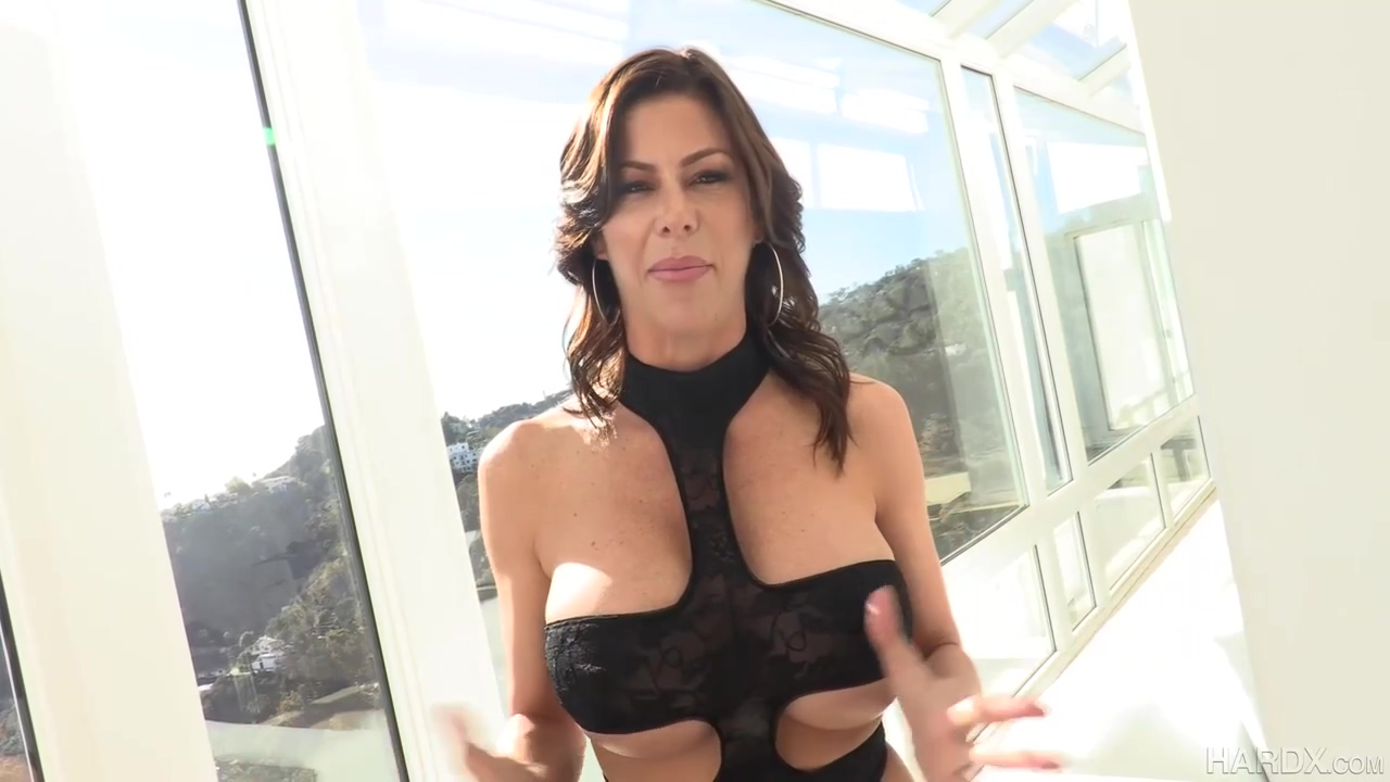 Big Tittied Mom Alexis Fawx Is Sucking Many Penises In A Row And Getting Them Inside Her