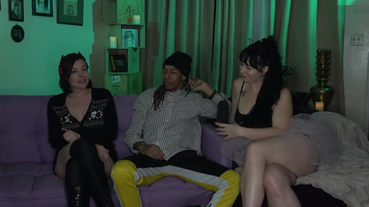 Having Fun In The Living Room With 2 Men And 2 Babes