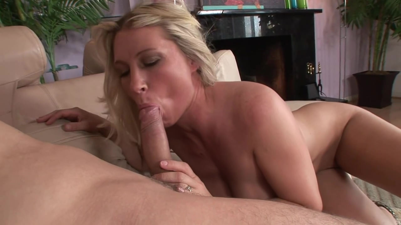 Horny Teen Uses Stepmother For Pleasure