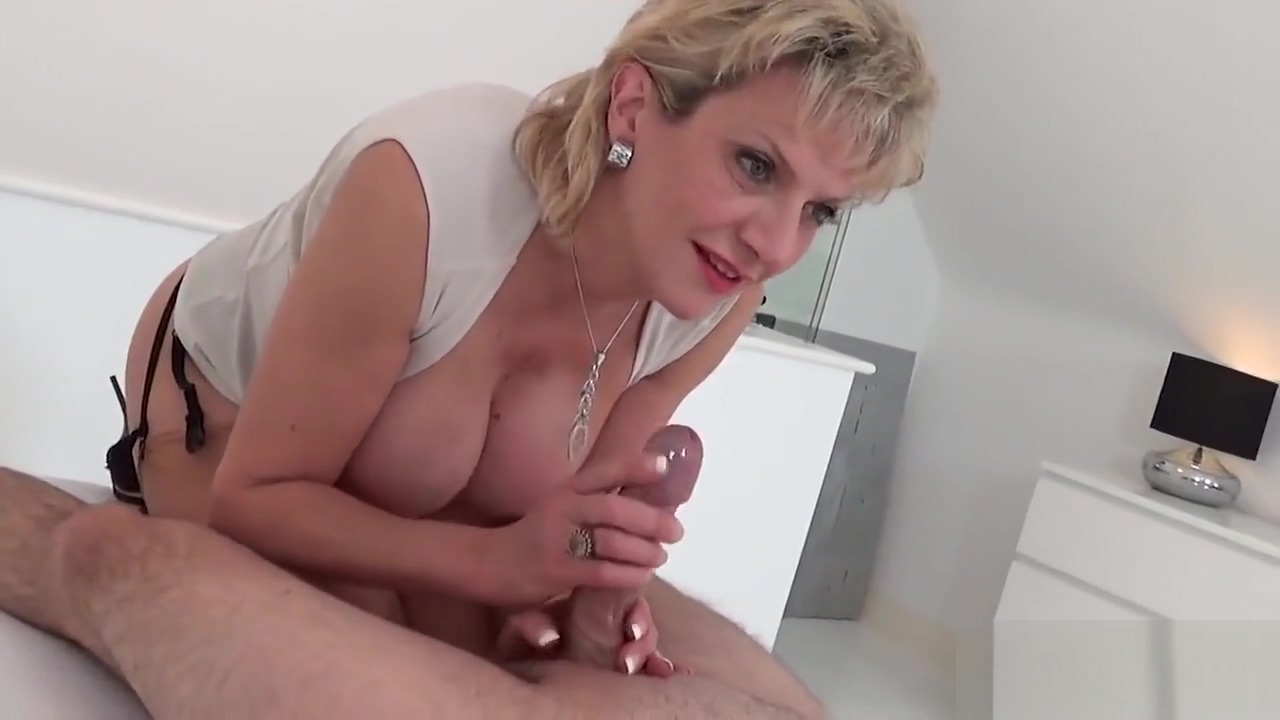 Unfaithful English Mature Slut Sonia Shows Her Enormous Breasts