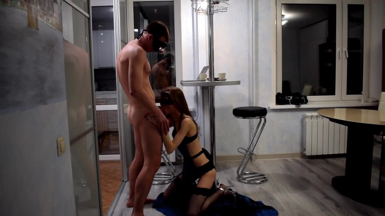 Hot Xxx With Seductive Stripper Babe On A Kitchen Homemade Sex Of Couple