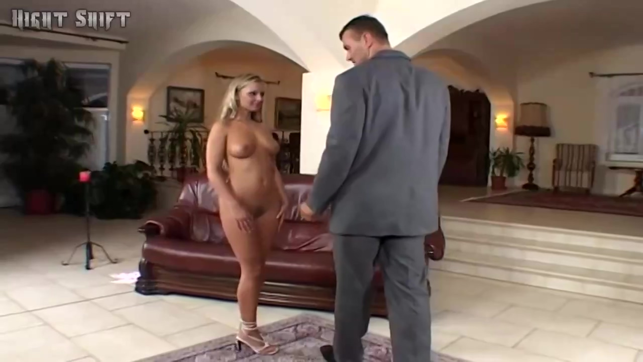 Liliane Tiger And George Went Home To Fuck All Day Long On The Sofa Until They Sperm