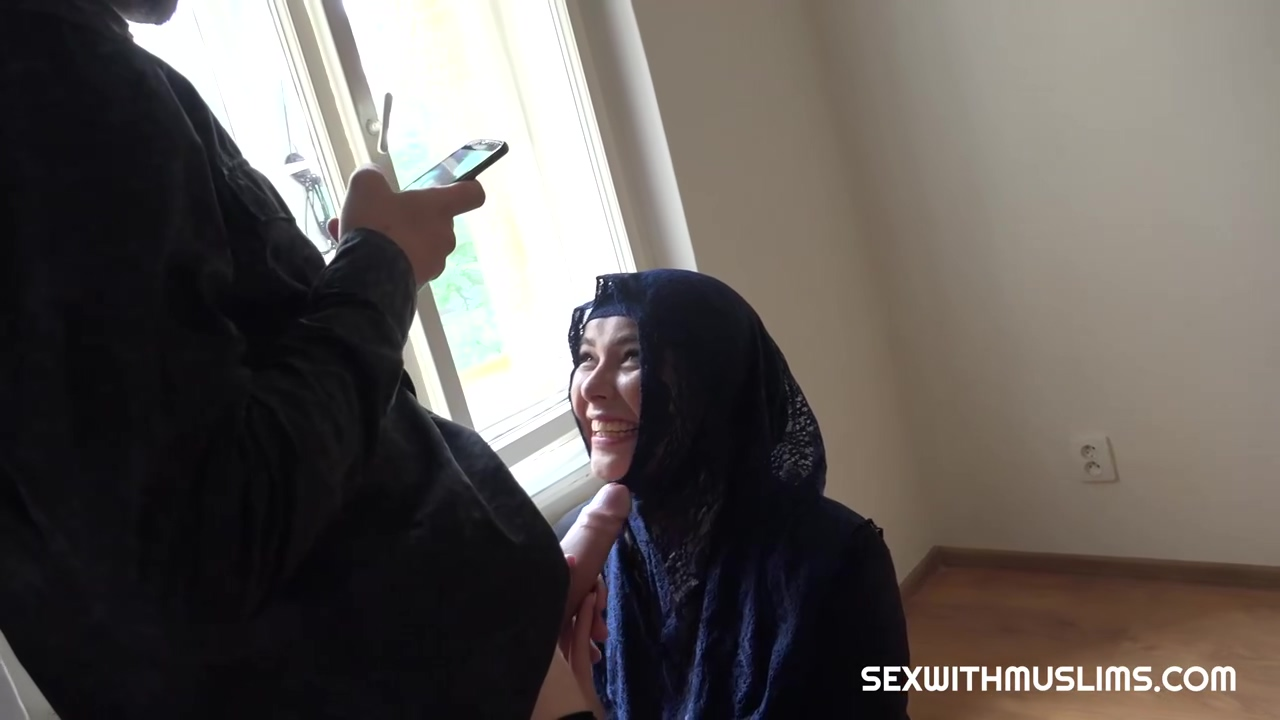 Nikky Dream Is Wearing A Head Scarf While Fucking A Dude Because It Turns Him On