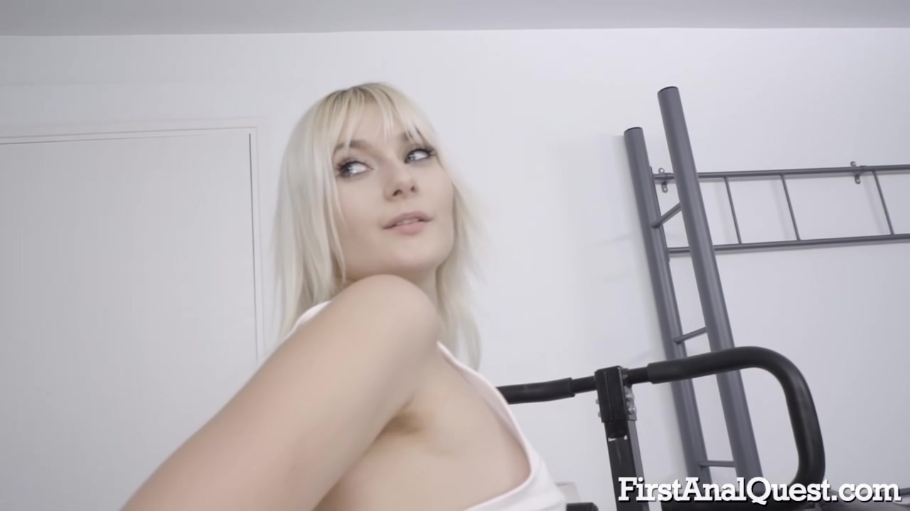 Miss Melissa Is A Slutty Blonde Babe From The Neighborhood Who Likes To Have Anal Xxx