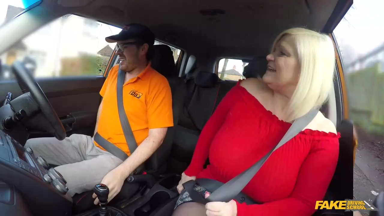 Lacey Starr Is A Great Titted Blonde Milf Who Likes To Fuck Men Even In The Car