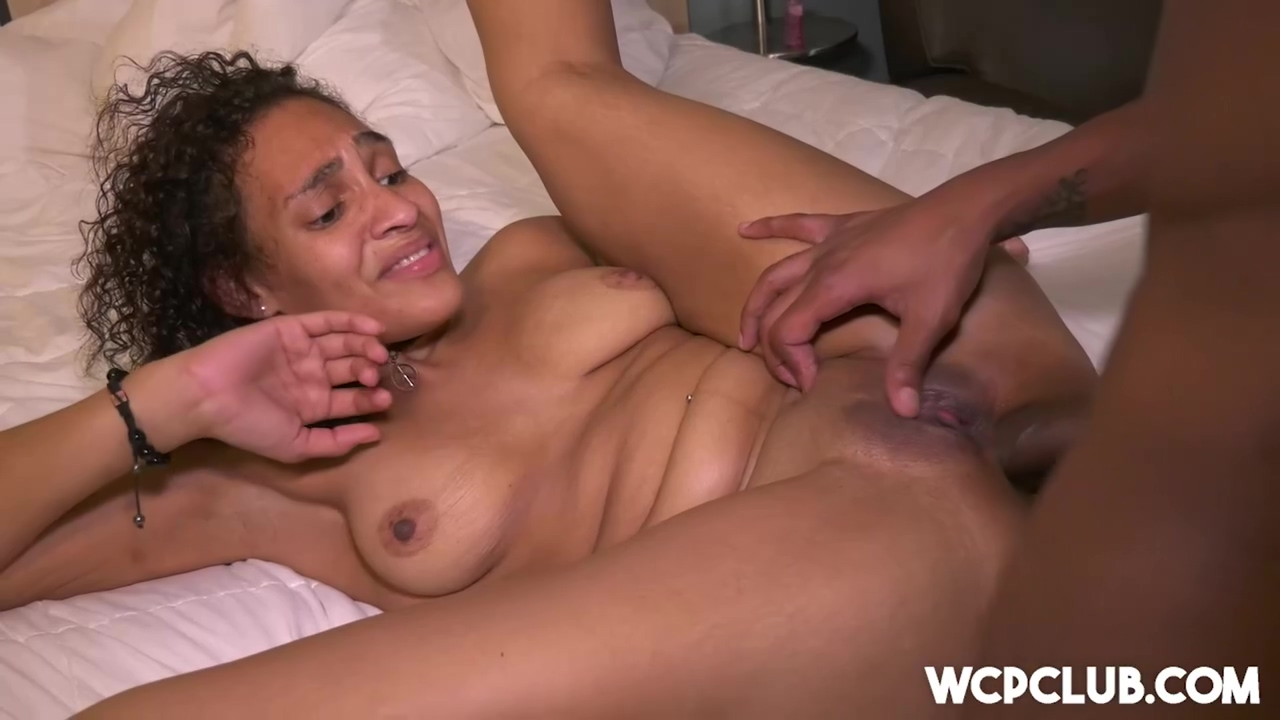 Afro-american Babe With Curly Hair Beth Likes To Get Fucked In The Ass Until She Cums