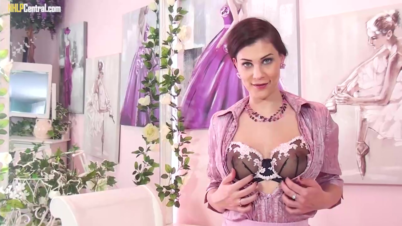 Roxy Mendez Is Teasing In Front Of The Camera While Wearing Hot Bra And Sexy Stockings
