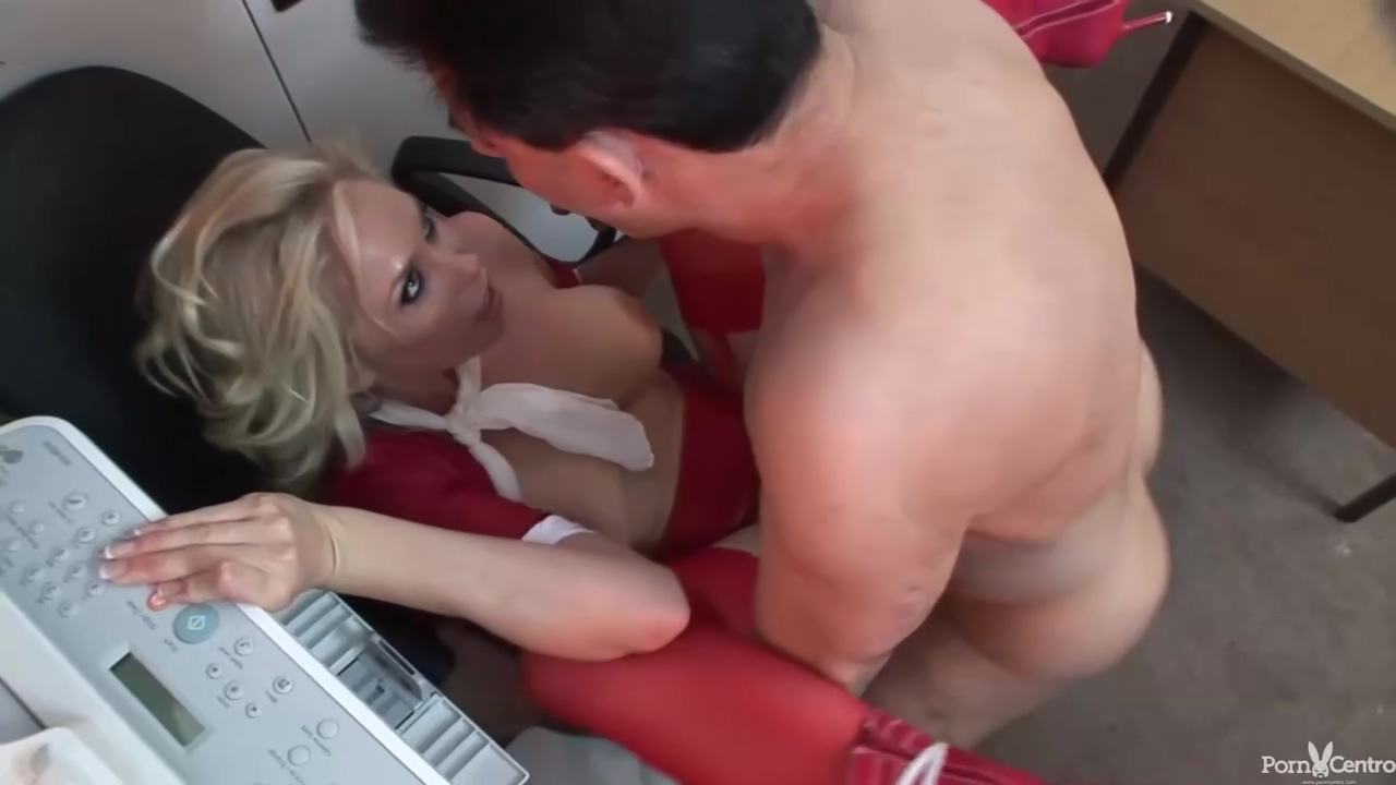 Racy Blonde Mature In A Seductive Red Bra Is About To Have Anal Porn At Work