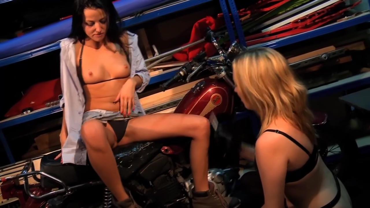 Sexstation Ladies Cherri And Kimmy Haze