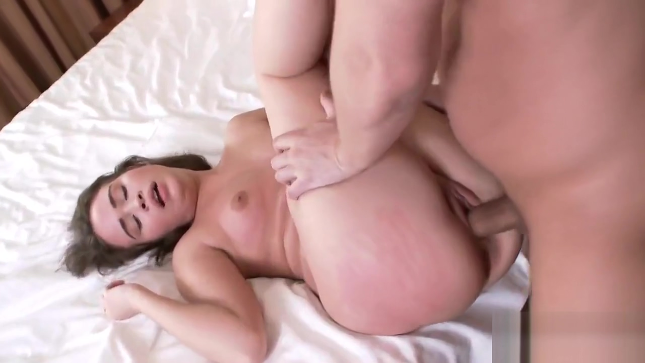 Striking Petite Woman Gets Fucked In Spread Booty Hole