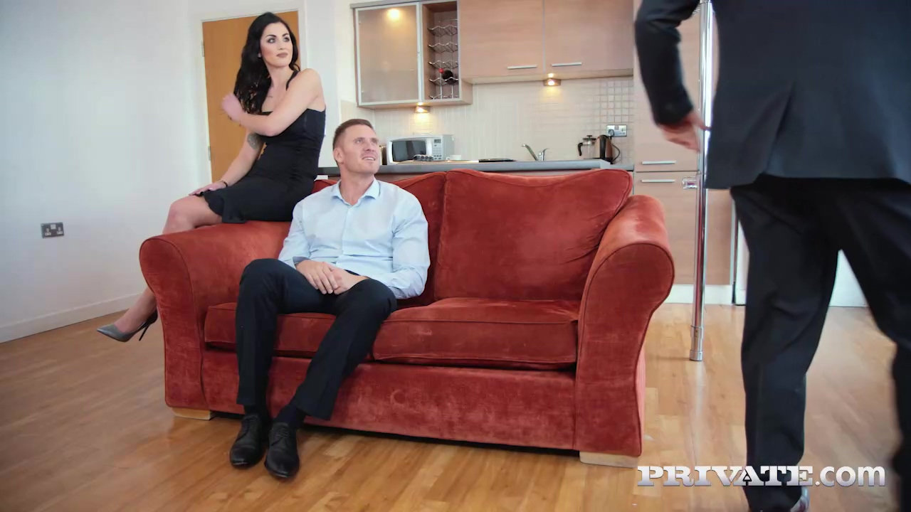 Seductive Brunette Loren Minardi Is Sucking Dick While Getting Fucked From Behind At The Same Time