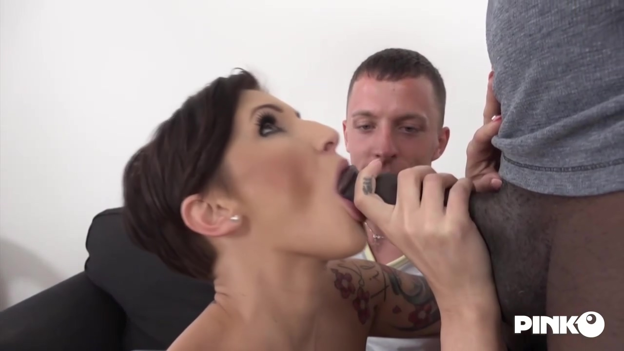 Gabrielle Gucci Made Her Partner Lick Her Slit While She Was Getting Fucked By A Black Dude