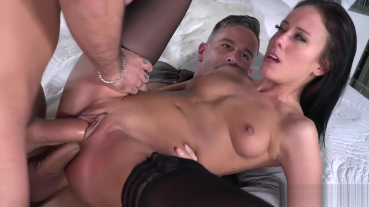Lexi Layo Covered In Spunk In Dp Threesome Fuck