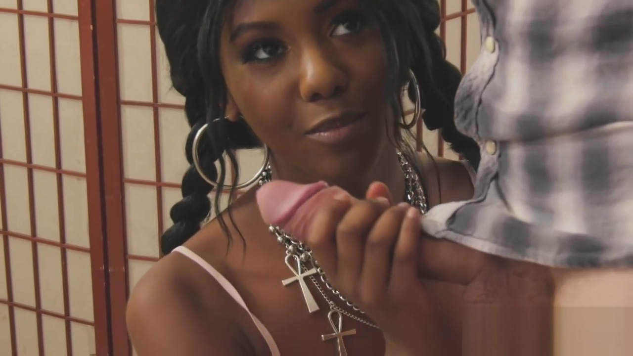 Two Bisexual Men Screwing Magnificent Black Babe Daizy Cooper