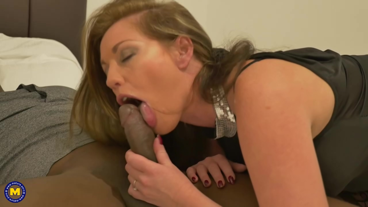 Holly Kiss And A Handsome Black Guy Are Fucking In Front Of A Hidden Camera