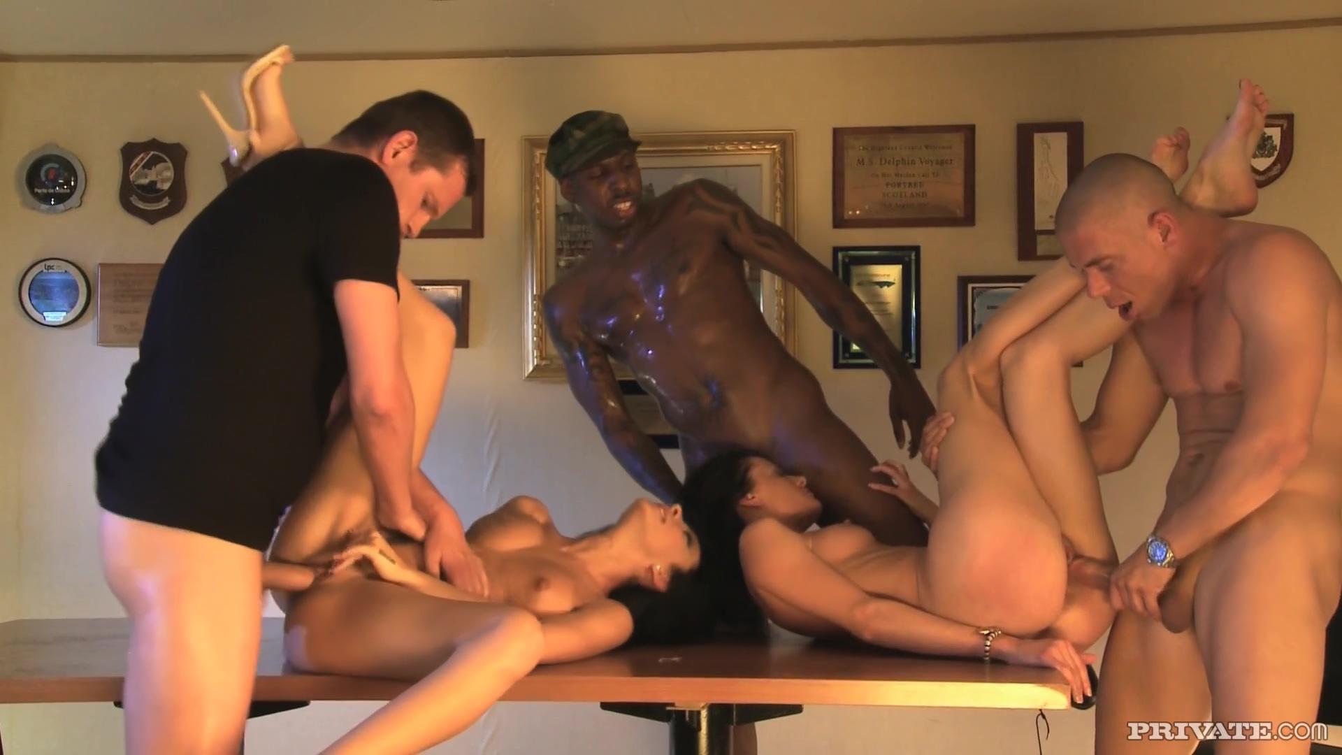 Abelia And Aliz With 3 Sexy Men