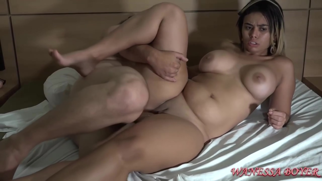 Insatiable Babe Wanessa Boyer Likes To Ride A Rock Hard Penis And Even Have Steamy Threesomes