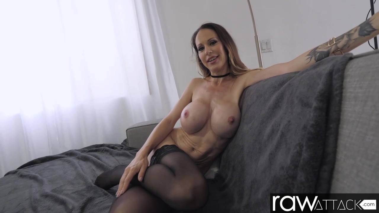 Mckenzie Lee Is In The Mood To Fuck All Day Long And Experience Many Orgasms
